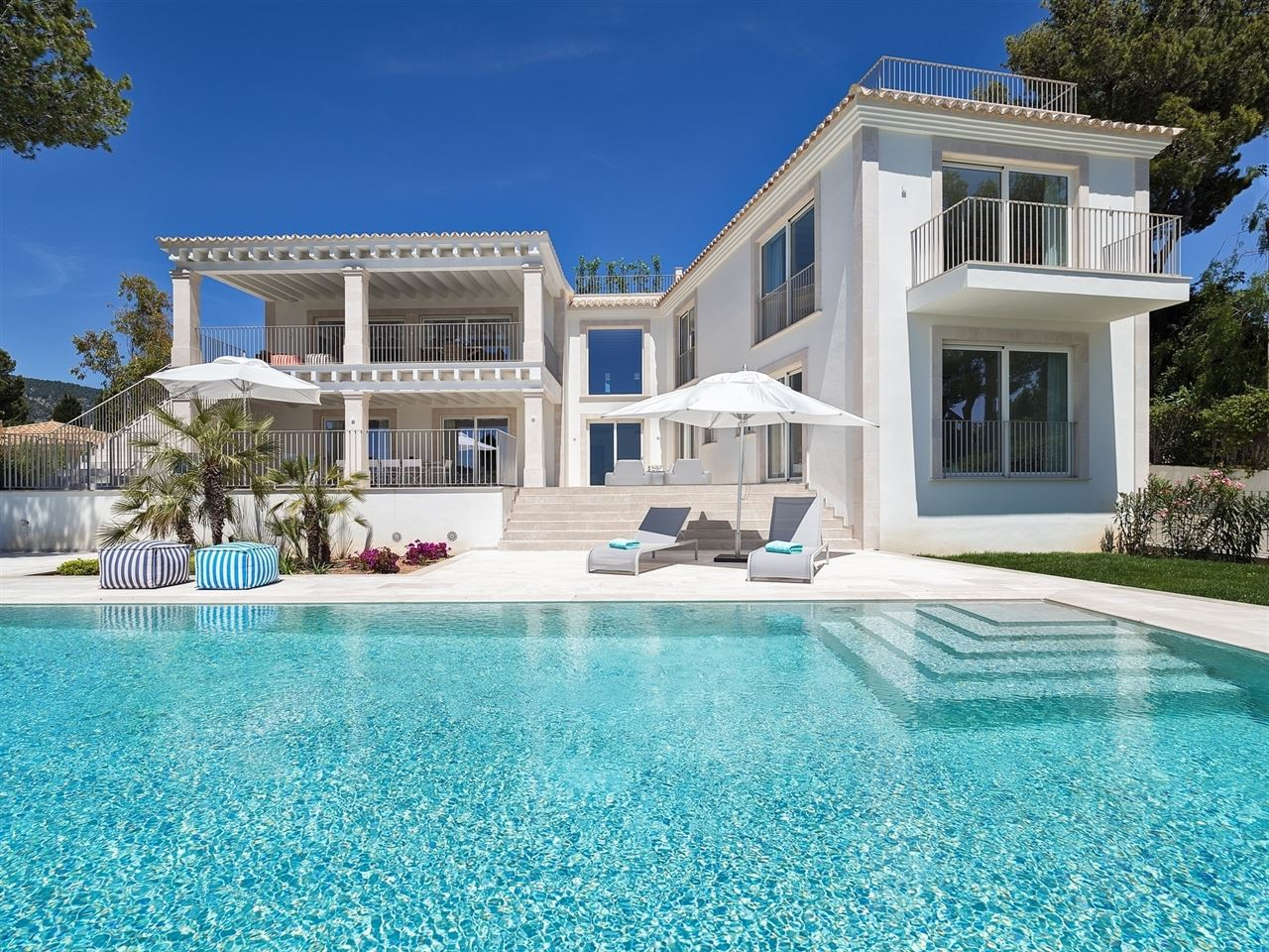 Bendinat new luxury villa on top of the Royal golf course