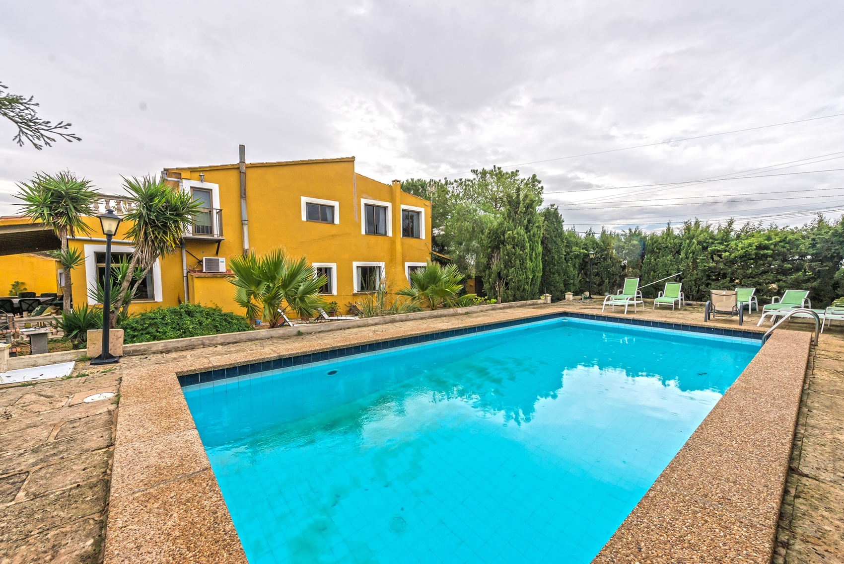 Llucmajor finca with guest house and has a holiday rental license