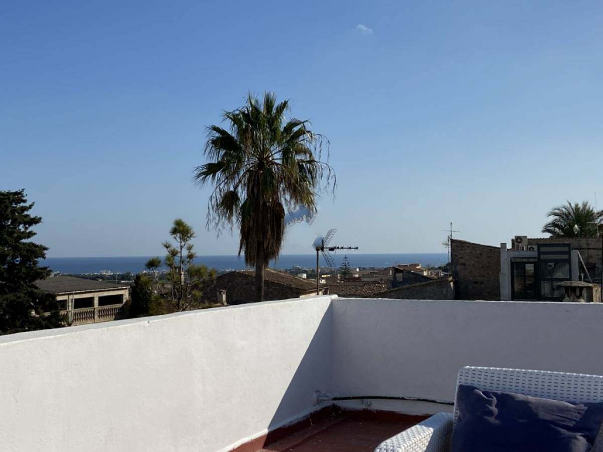 Sunny apartment with roof terrace for sale in Son Servera, Mallorca