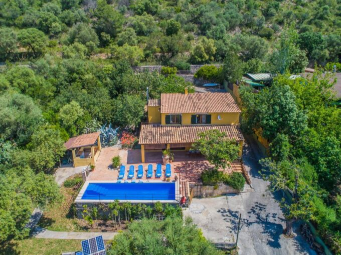 furnished country house for sale in Alcudia