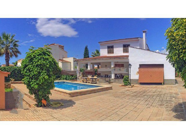 Sa Coma villa with swimming pool and garage