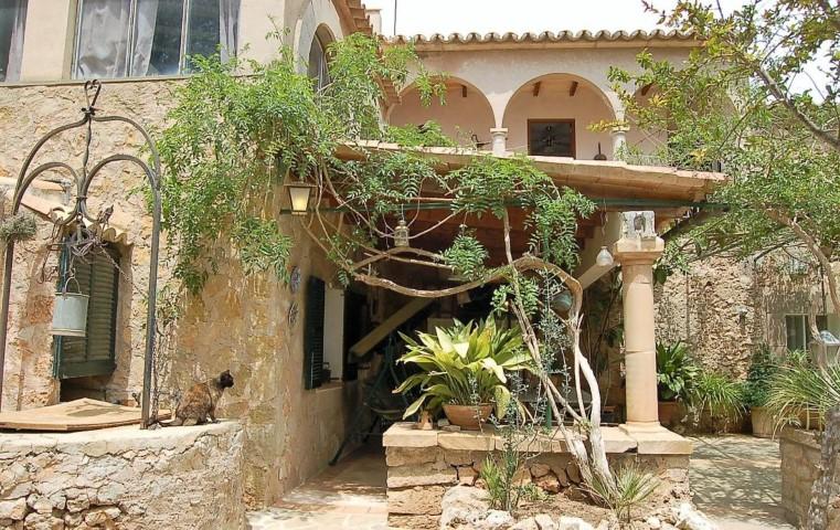 Unique villa with mature garden for sale in Portol, Mallorca