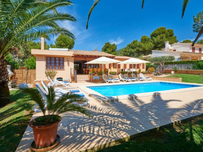 vacation letting villa for sale in costa de los Pinos, Mallorca