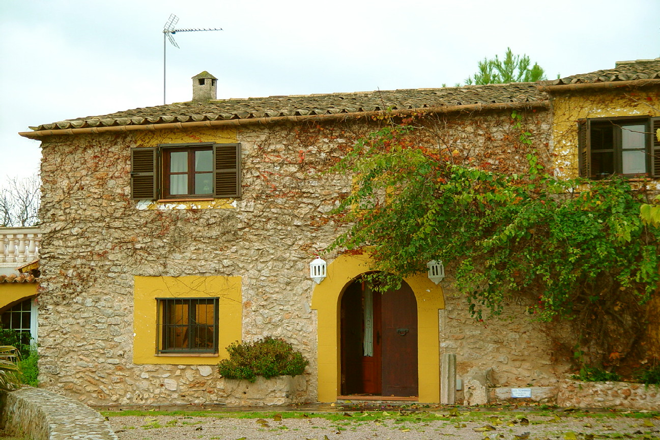 Santa Maria wonderful finca on a large plot near the village