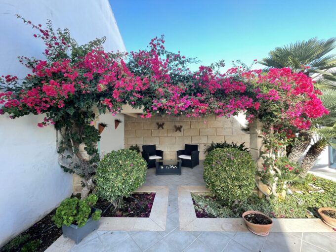 semi-furnished detached villa for sale in son servera