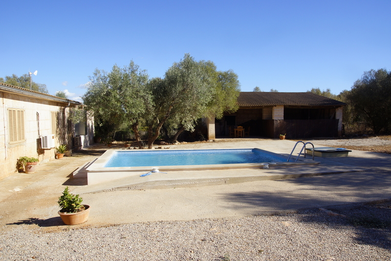 Country house on large plot for sale in Campos,close to Es Trenc beach