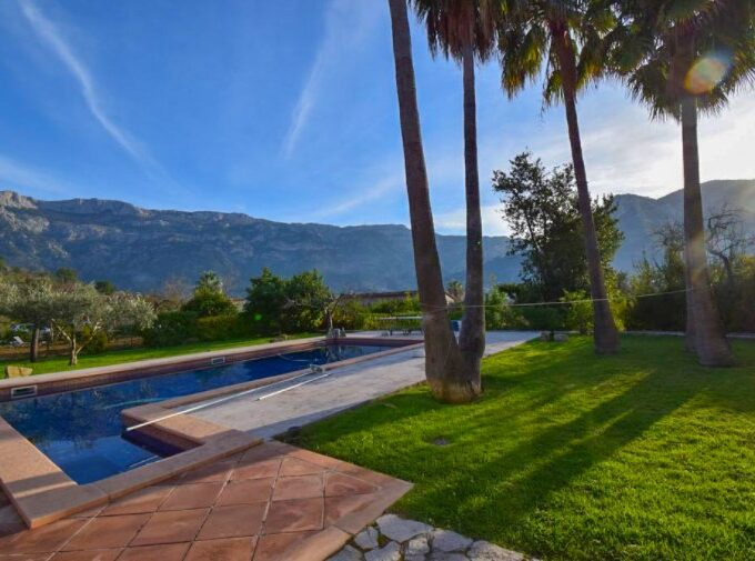 Beautiful Finca with holiday rental license for sale in Sóller