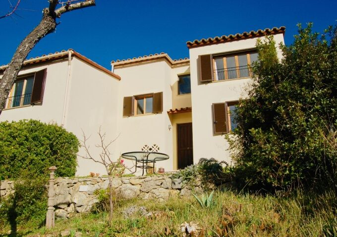Holiday Rustic Villa for sale in Puigpunyent