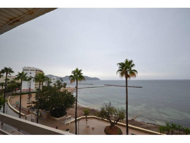Frontline apartment with sea views for sale in Cala Bona, Mallorca