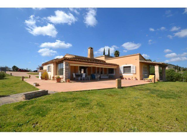 Charming villa with sea views situated in Paula,Son Severa