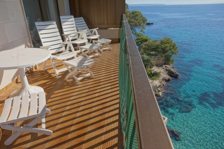 Penthouse apartment for sale in Palma,Cala Major with amazing sea views