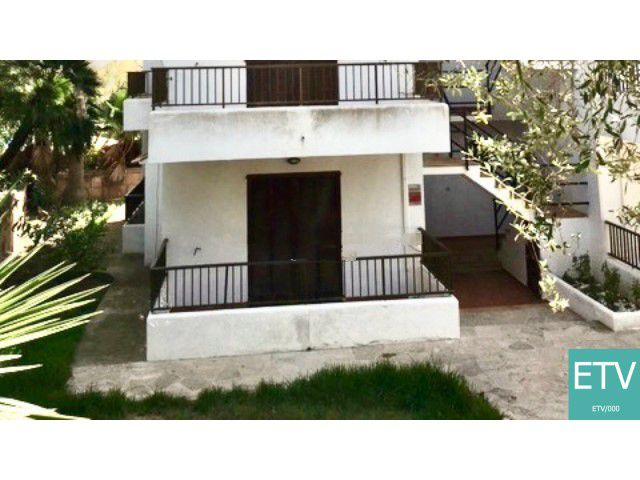 Villa with holiday rental license for sale in Cala Ferrera