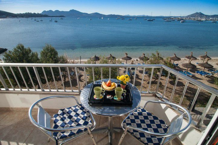 Pine walk apartment with holiay rental license for sale in Puerto Pollensa