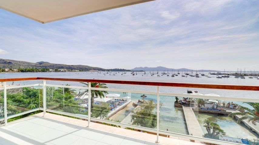 Front line apartment with wonderful sea views for sale in Puerto Pollensa